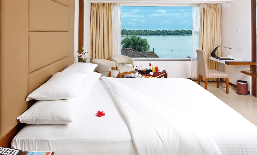 Ramada is a luxury backwater resort in kochi, which offers an uplifting blend of unique hospitality and bespoke wellness. Book our luxury lake view resort Now!