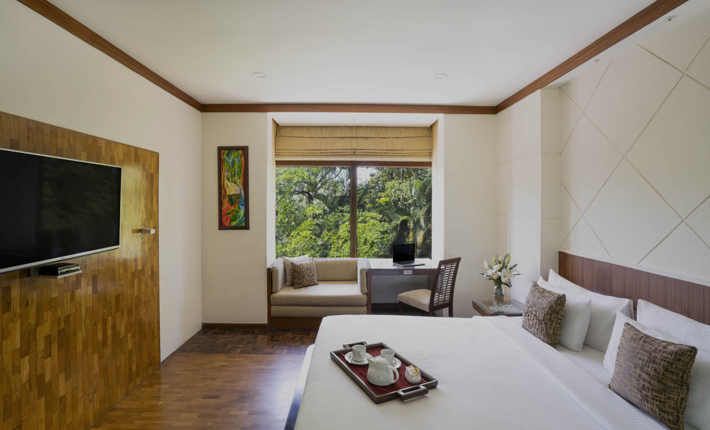 Ramada is a luxury backwater resort in kochi, which offers an uplifting blend of unique hospitality and bespoke wellness. Book our luxury lake view resort Now! luxury lake view rooms,  presidential suite